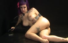 Emo chick showing off her beautiful body