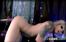 Tattooed Busty Babe Solo With Machine